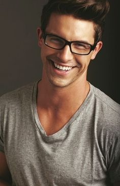 He has such a beautiful smile, I had to pin him here(40 Cool Men's Looks Wearing Glasses)