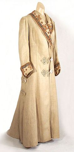 C. 1910 - Ladies embroidered linen coat (from the Vintage Textile archives) ~ (vintage lady, edwardian era, outerwear, fashion, style)