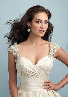 Allure Bridals 9204 Wedding Dress - The Knot