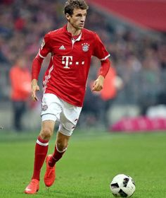 Bayern-Lob für Dortmund   Müller und Lahm vom BVB begeistert - Bundesliga Saison 2016/17 - Bild.de