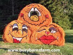 Busy Barns Farm Cute Pumpkins Round Bale Art