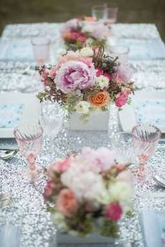 Pink centerpieces & a sequin table linen- LOVE