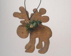 Cute Moose ornament. Want to turn into a standing craft