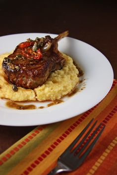 Roasted Veal Chop with Roasted Tomatoes, Shallots and Olives would be extra tasty with the Williamsburg Winery's Arundell Cab Sauvignon Meat Appetizers, Appetizer Recipes, Dinner Recipes, Veal Recipes, Cooking Recipes, Veal Chop, Veal Cutlet, Pork Salad, Bistro Food