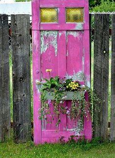 Cele mai neconventionale idei de suporturi pentru flori – 17 idei practice