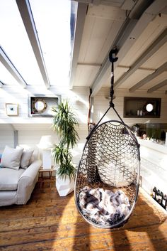 Barge Maria hanging chair. We used to have one of these, wonder where that went...