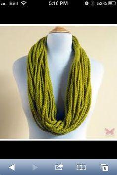 Cute scarf! Love the colour.