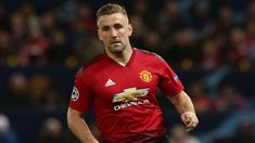 Man United defender Luke Shaw has collected his second successive Player of the Month award. United Website, Prime Minister Of England, Man Utd News, Marcus Rashford, Man United, Manchester United, Victorious, How To Become, Awards