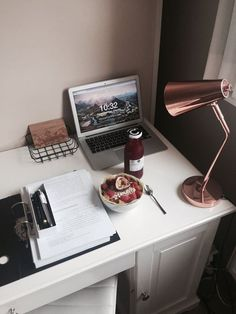 Image discovered by lena. Find images and videos about inspiration, home and motivation on We Heart It - the app to get lost in what you love. Study Areas, Study Space, Desk Inspo, Desk Stationery, Stationary, Study Organization, Study Hard, Study Inspiration, Decoration Design
