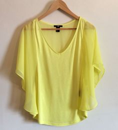 H&M Women Yellow Casual Blouse Size M Butterfly Sleeve V-Neck