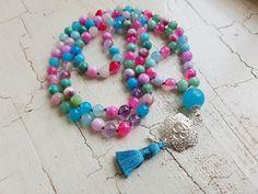 Mala Liebe Kette Diese Kette kann individuell bei uns bestellt werden! Tassel Necklace, Tassels, Beads, Jewelry, Fashion, Pearls, Necklaces, Love, Schmuck