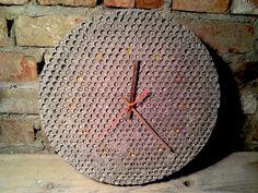 Zegar  // odlew z betonu, metal projekt i foto Marcin Boratyn