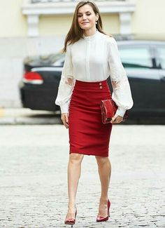 Queen Letizia of Spain attended events of 10th anniversary of the 'BBVA Microfinance' held at the headquarters of the BBVA Bank Foundation on May 29, 2017 in Madrid, Spain. Queen Letizia wore Hugo Boss Vasela-Slim fit pencil skirt.