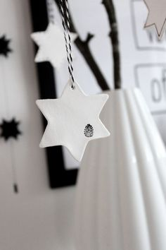 DIY: Stars made of self-drying clay | Bungalow5se den lille detalje med clear stamps
