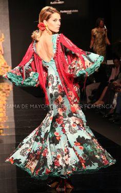 trajes de flamenca - Buscar con Google Ethnic, Dancer, Sari, Costumes, Formal Dresses, Beauty, Passion, Google, Style