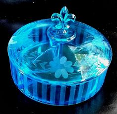 Elegant Blue 3 Part Divided Candy Dish W/Lid Fleur De Lis Handle Etched Designs