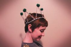 The Clothes Horse: DIY Sparkly Pipecleaner Crowns