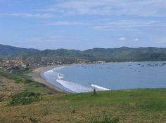 Bay at Puerto Lopez (province of Manabi)