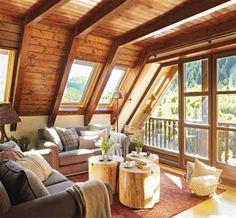 Salón con techos de madera