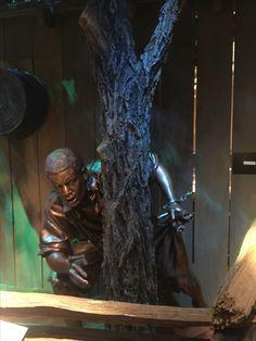 Sculpture representing a slave escaping to freedom via The underground railroad. #freedomcenter #cincinnati