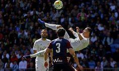 Cristiano Ronaldo sets La Liga goal record as Real Madrid thrash Eibar