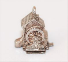RARE Vintage Sterling Silver Bracelet Charm Opening Water Wheel House (4.2g)