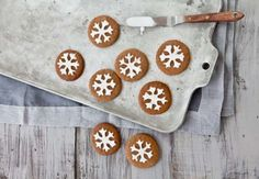 Baking Snowflakes | Little Gatherer