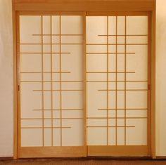DIY Mirror Closet Makeover Idea How to Turn Sliding Doors into Japanese Shoji Screens RV Inspiration Japanese Sliding Doors, Japanese Door, Diy Sliding Door, Sliding Closet Doors, Diy Door, Japanese Screen, Japanese Style, Window Grill Design Modern, Grill Door Design