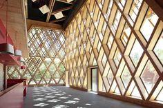 22 ejemplos de espectaculares estructuras de madera diseñadas por arquitectos de todo el mundo