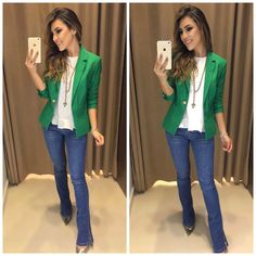 Fashion Tips Quotes .Fashion Tips Quotes Blazer Outfits, Chic Outfits, Fashion Outfits, Fashion Tips, Green Blouse Outfit, Green Blazer, Looks Jeans, Look Blazer, Look Chic
