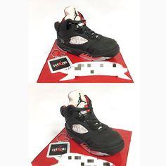 mcakesjapanjordan 5 supreme cake!! #jordan5 #jordan5supreme #airjordan #airjordancake #jordancake #kicks #kickstagram #nike #supreme #sneaker #🇯🇵 #スニーカー #エアージョーダン #スニーカーケーキ #スニーカー中毒 #ケーキ #誕生日ケーキ #fashion #cake #fondantcake #pateasucre #sekerhamuru #pastadizucchero