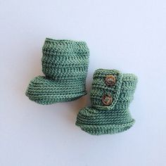Handmade Baby Crochet Boots in Hunter Green
