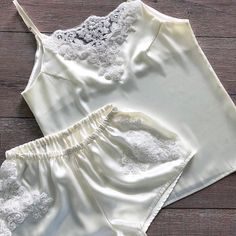 Jolie Lingerie, Satin Lingerie, Lingerie Sleepwear, Women Lingerie, Nightwear, Sexy Lingerie, Swag Outfits, Cute Outfits, Fashion Outfits