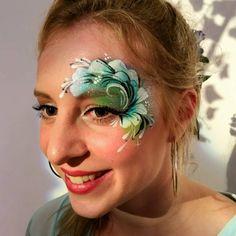 One stroke petal eye design