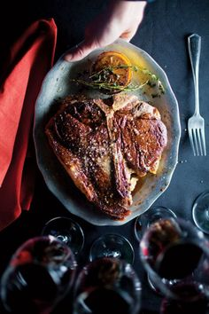 A thyme-infused butter enhances the flavor of this skillet-seared steak, inspired by one at Prime Steakhouse, at the Bellagio in Las Vegas. Steak Recipes, Cooking Recipes, Easy Recipes, Steak Tips, Amazing Recipes, Grilling Recipes, Prime Steakhouse, Porterhouse Steak, Juicy Steak