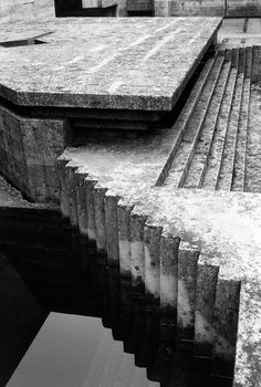 Trendy ramp stairs architecture carlo scarpaYou can find Carlo scarpa and more on our Trendy ramp stairs architecture carlo scarpa Stairs Architecture, Architecture Design, Futuristic Architecture, Landscape Architecture, Landscape Design, Ancient Greek Architecture, Chinese Architecture, Ramp Stairs, Brutalist Buildings