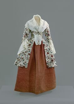 Chintz jacket and petticoat, 1755-75 Colonial Williamsburg