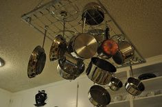Crib spring pot rack
