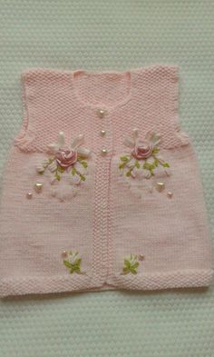 We have compiled 100 crochet baby vest pattern samples. See all of 40 crochet baby vest patterns. Browse lots of Free Crochet Patterns. Knitting For Kids, Baby Knitting Patterns, Baby Patterns, Knitting Yarn, Knitting Projects, Hand Knitting, Crochet Patterns, Knit Or Crochet, Crochet For Kids