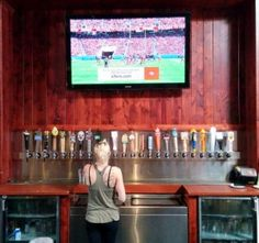 Is the First Street Alehouse the Most Popular Restaurant in Livermore? [TGLRC #40] - http://LivermoreRocks.com/first-street-ale-house-tglrc-40/