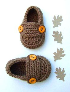 These pretty little crochet shoes are ready to ship!    Cute crochet baby booties little loafers!  they are hand-crocheted with a 75% cotton and