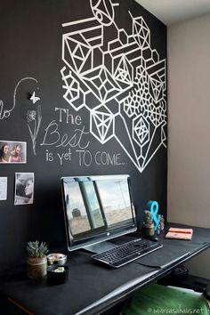 Deco de oficina con vinilo en la pared