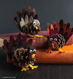 Lia Griffith felt and pine cone turkey