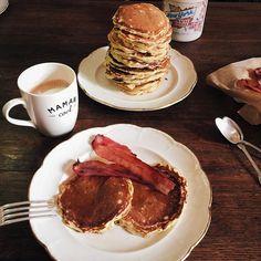 """""""Yummie American breakfast in Médoc! #sundaybest #happykids"""""""