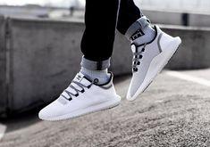 Les 1089 meilleures images de Sneakers en 2020 | Chaussure