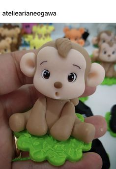 Monkey Detergent Bottle Crafts, Safari Cakes, Fondant Animals, Fondant Cupcake Toppers, Polymer Clay Animals, Clay Baby, Cute Clay, Jungle Party, Cake Decorating Techniques