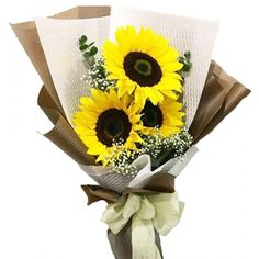 With their gorgeous golden heads that turn towards the sun, sunflowers have become emblems of devotion and admiration. #sunflower #flowers #sunflowerbouquet #onlinesunflower #sunflowerdelivery #sunflowerphilippines #sunflowermanila #sunflowermakati #sunflowerforchristmas