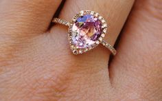 wedding dress Best engagement rings with gemstones! wedding dress Best engagement rings with gemstones! Unusual Engagement Rings, Rose Gold Engagement Ring, Oval Engagement, Engagement Ideas, Unique Rings, Beautiful Rings, Bling, Ring Verlobung, Gold Ring