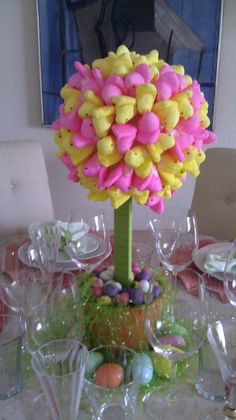 Peep Centerpiece (In honor of my FIL.Peeps for Pop) Easter Peeps, Hoppy Easter, Easter Brunch, Easter Party, Easter Treats, Easter Food, Holiday Fun, Holiday Crafts, Holiday Ideas