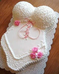lingerie shower cake <3 kinda cute!
